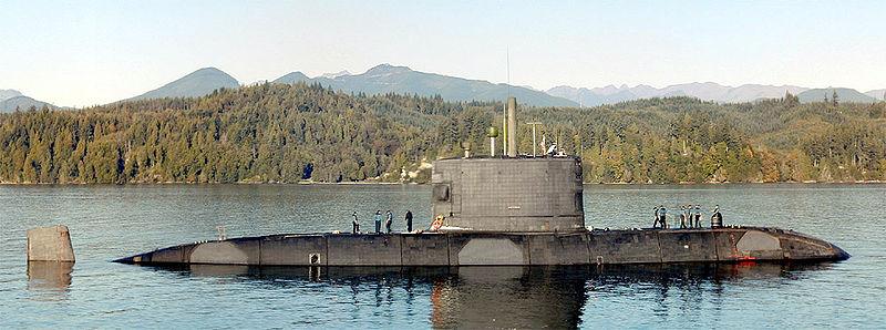 800px-HMCS_Victoria_SSK-876_near_Bangor